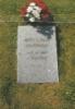 Airi Kantanen: kuva isäni hautakivestä