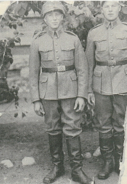 Airi Kantanen: vasemmalla isäni Arvi Kantanen ja Jouko Väisanen_juvalta