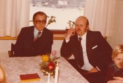 Airi Kantanen:veljeni Veikko ja Hannu Hänninen äidin hautajaisissa Juvalla 18.1.1980