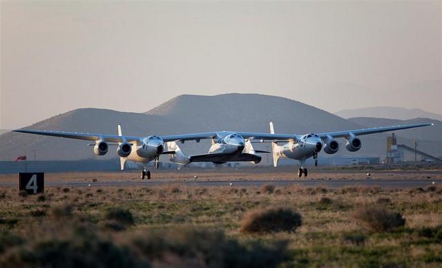 vss-enterprise-takeoff (large)