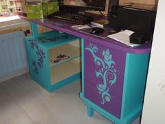 Tietokoneen pöytä