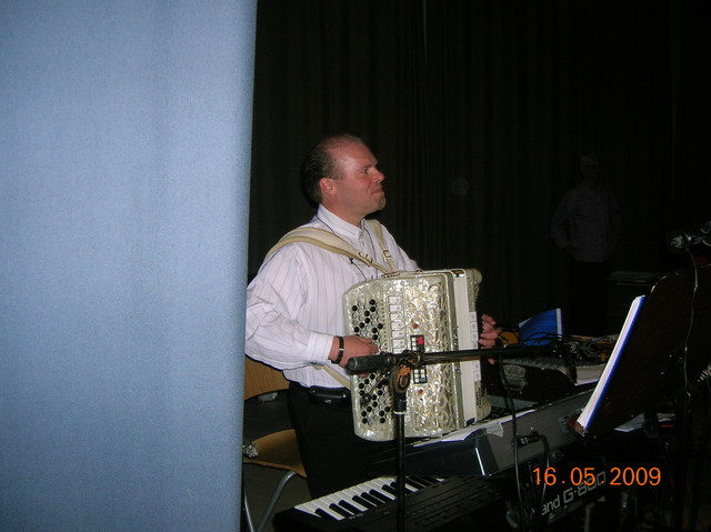 Erkki Junkkarisien muistokonsertti