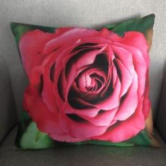 Tyynynpäällinen, ruusu
