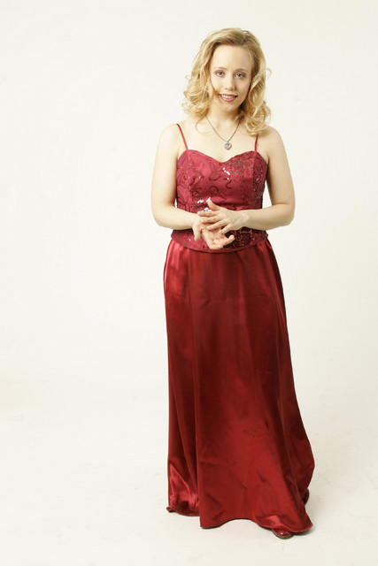Terhi Dostal (née Jääskeläinen) , pianist. 8