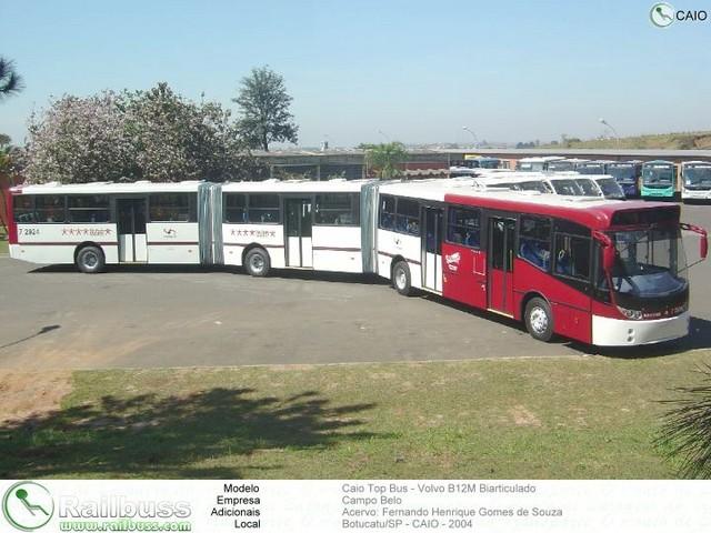 pitkä bussi