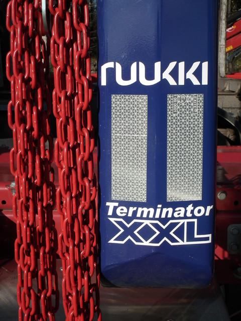 Terminator XXL pankkojen lisävarustevalikoima on kattavin: - Nostokoukuista enetgialaitasarjoihin. Valikoimaa ja laatua on.