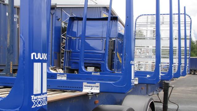TimberMaxx QC etuseinä säästää polttoainetta myös puolikaskäytössä.