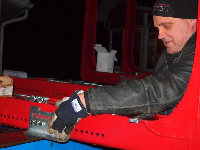 XX Express kuljettaa 24h/ 7vrk ja mukana tulee asennusapu.