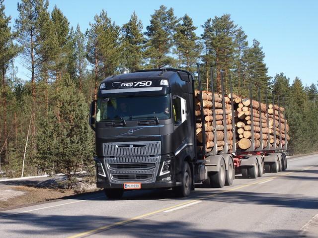 TimberMaxx XXL 100 varustepaketti - Suomen suurin kuormatila.