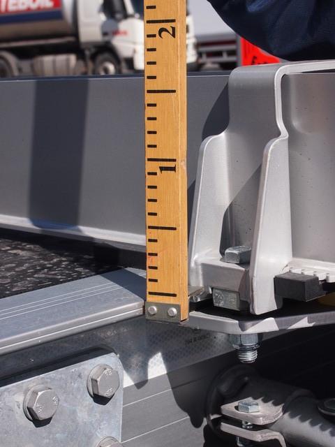 Exten itävientimalli on madaltunut 160 mm . Tajoituksina Suomeen riittämätön tolppakorkeus = max.2950 mm.