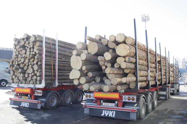 68 tonniset 60 tonnin lastissa.Kevät 2013.