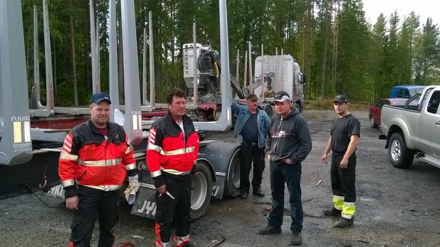 """Viisiakselinen Jyki """"Terminoitiin"""" Team Siurua Ky:llä Ii:ssä."""