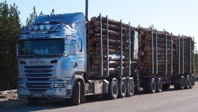 76 tonninen tukkikuormassa.