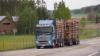 Kuljetusliike J Rautio Oy Tuuloksesta vahvisti kalustoaan uudella 750 hevosvoimaisella trippeli Volvolla.