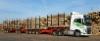 Satatonniluokan yhdistelmät ajavat raakapuuta terminaaleista tehtaille ja syöttävät rautatiekuljetuksia.