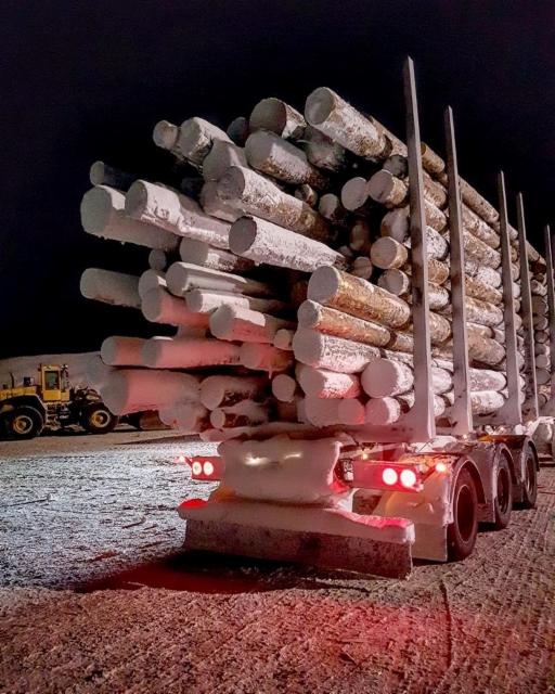 Ilmanvirtaustekniikka näkyy illmämääräisesti lumen-, pölyn- , ja kuran muodustumisesta kaikkien ajoneuvojen pinnoille. Vikaa on siellä, missä on likaa.