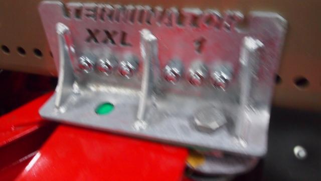 Peruskiinnike XXL 8.8 ja XXL 11 CE malleissa on luja ja tukeva.
