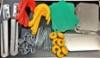 Alumiinilitkalevyt tehostavat nippusidontaa, muovilevyt vain kiinteään takakelkkaan.