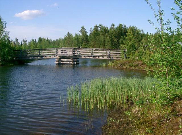 Saaresta sillalle