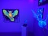 Loistava UV-taidenäyttelyn yleiskuva2