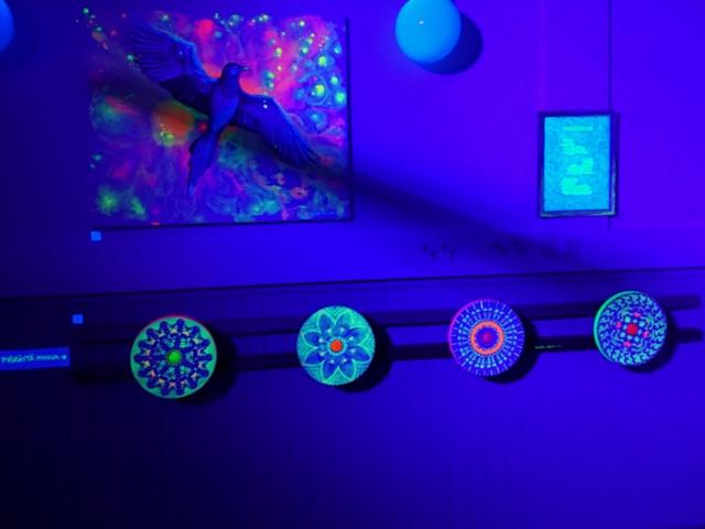 Ajankulku UV-taideteos