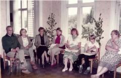 Sukukokoukseen 1984 osallistujia.