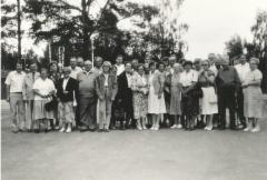 Sukukokoukseen 1987 osallistujat.