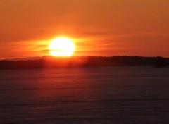 24.4.11 Auringonlasku jäiden aikaan
