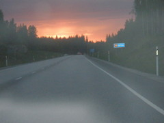 Auringonlasku, sadepilvi tulossa 4.6.2011