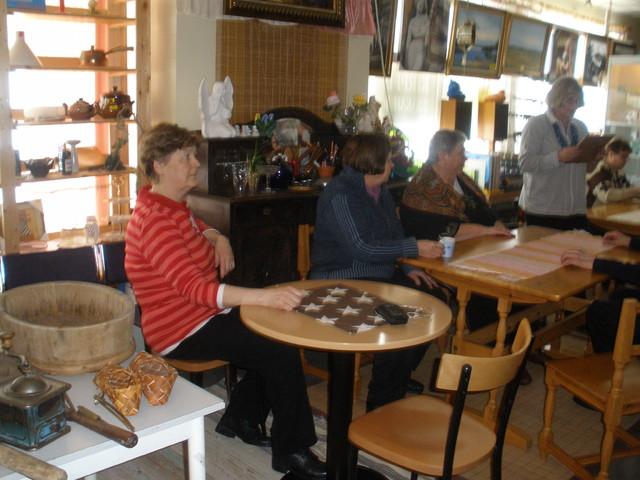 Seniori- Kahvilapäivä 13.3.2012