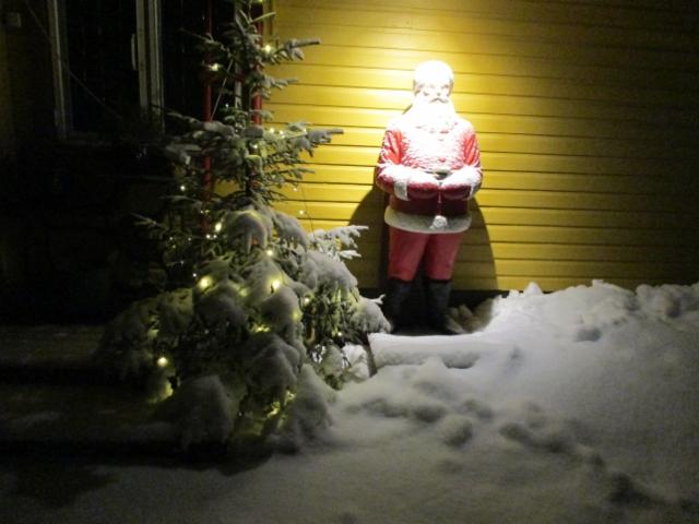 Joulupukki Höytiällä 15.12.2019