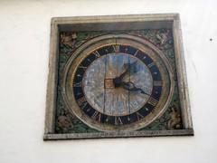 pyhän hengen kirkko kello