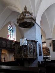 pyhän hengen kirkko saarnatuoli