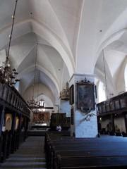pyhän hengen kirkko sali