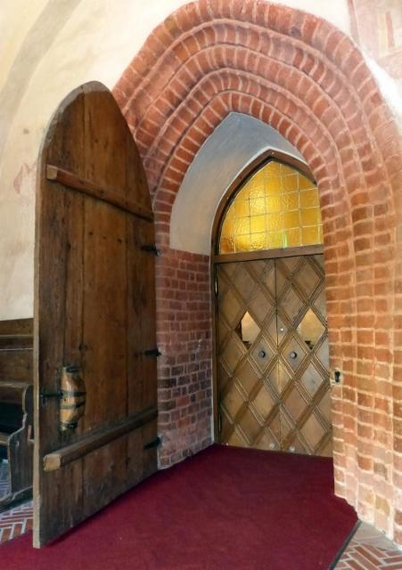 hollola asehuoneen ovi