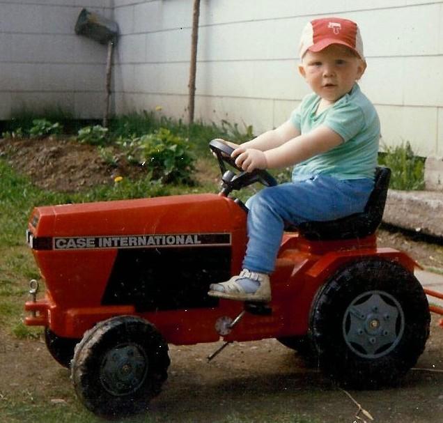 Timon uusi traktori v.1989