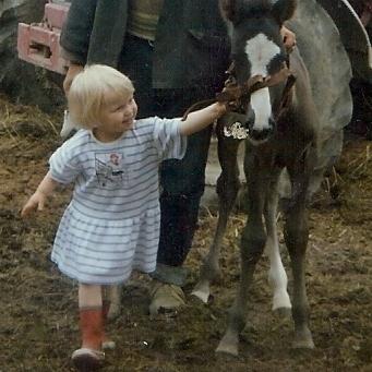 Tiina ja Siru v. 1988