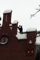 """Kattojen moniulotteisuus tekee lumelle """"pesäpaikkoja"""""""