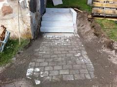 Graniitti portaat
