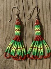intiaanikorvakorut, peyote stitch earrings 1