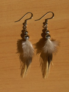 sulkakorvikset 3 feather earrings