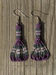 intiaanikorvakorut, peyote stitch earrings 5