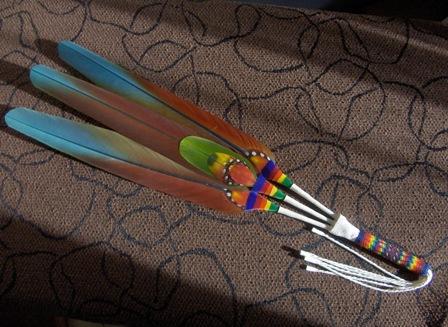 viuhka 3 sulkaa - fan 3 feathers