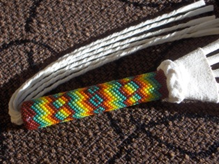 ceremonial fan - intiaaniviuhka 2 (handle, kadensija)