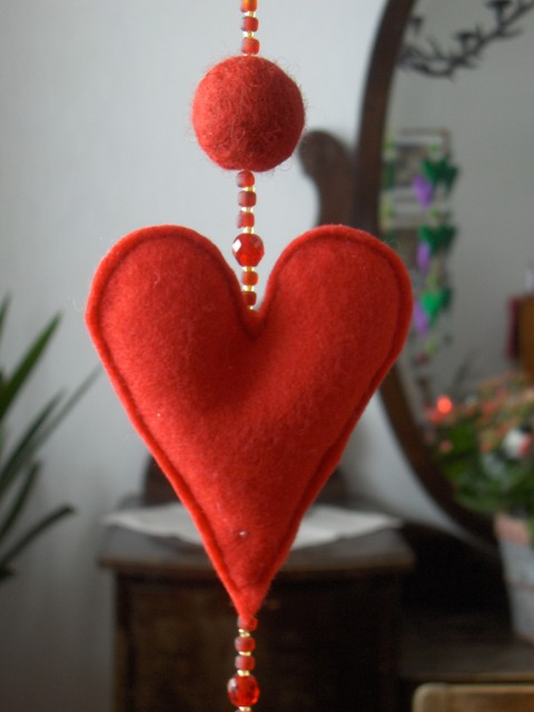 sydankoriste punainen - heart decor. red