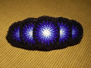 hiussolki, helmikirjonta - blue barrette with beadwork