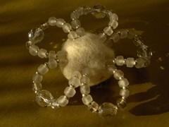 kukkamagneetti valkoinen