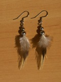 sulkakorvikset_3_feather_earrings.jpg