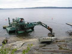 Ison kiven siirto uimapaikalta pois