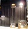 Lasia, lasia, lattialla, pöydällä, ilmassa